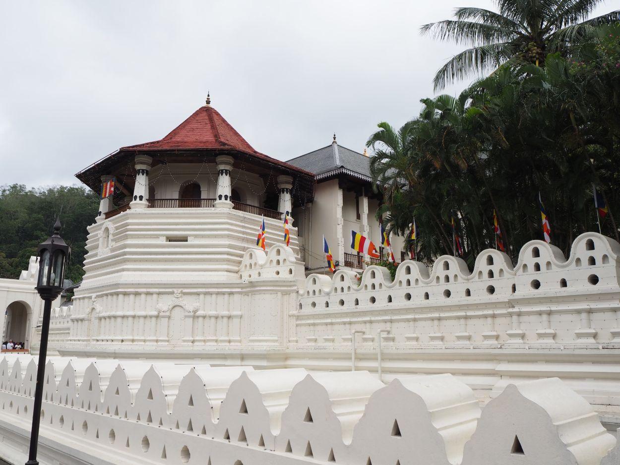 Zahntempel - Sri Dalada Malagawa