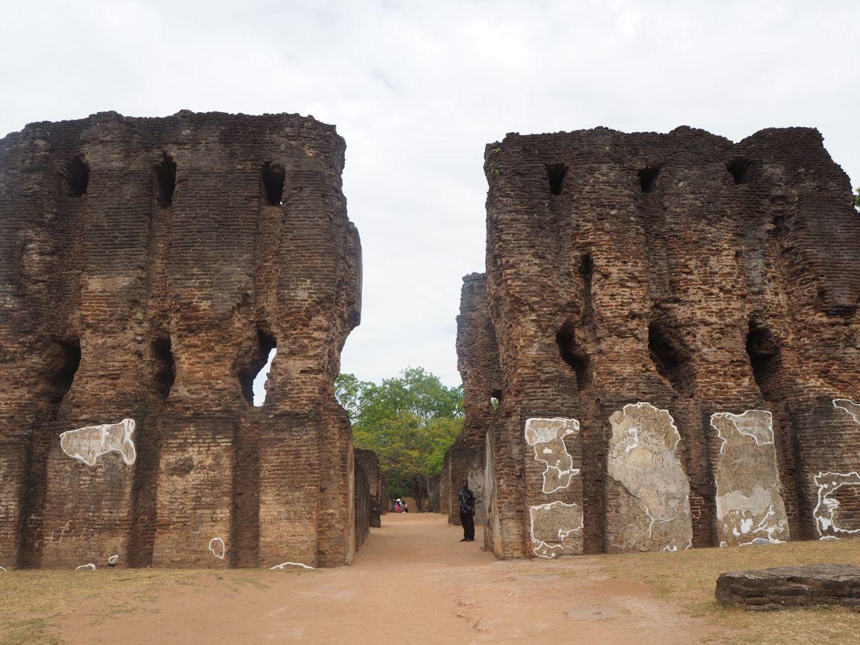 Archäologische Ausgrabungsstätte in Polonnaruwa / Sri Lanka