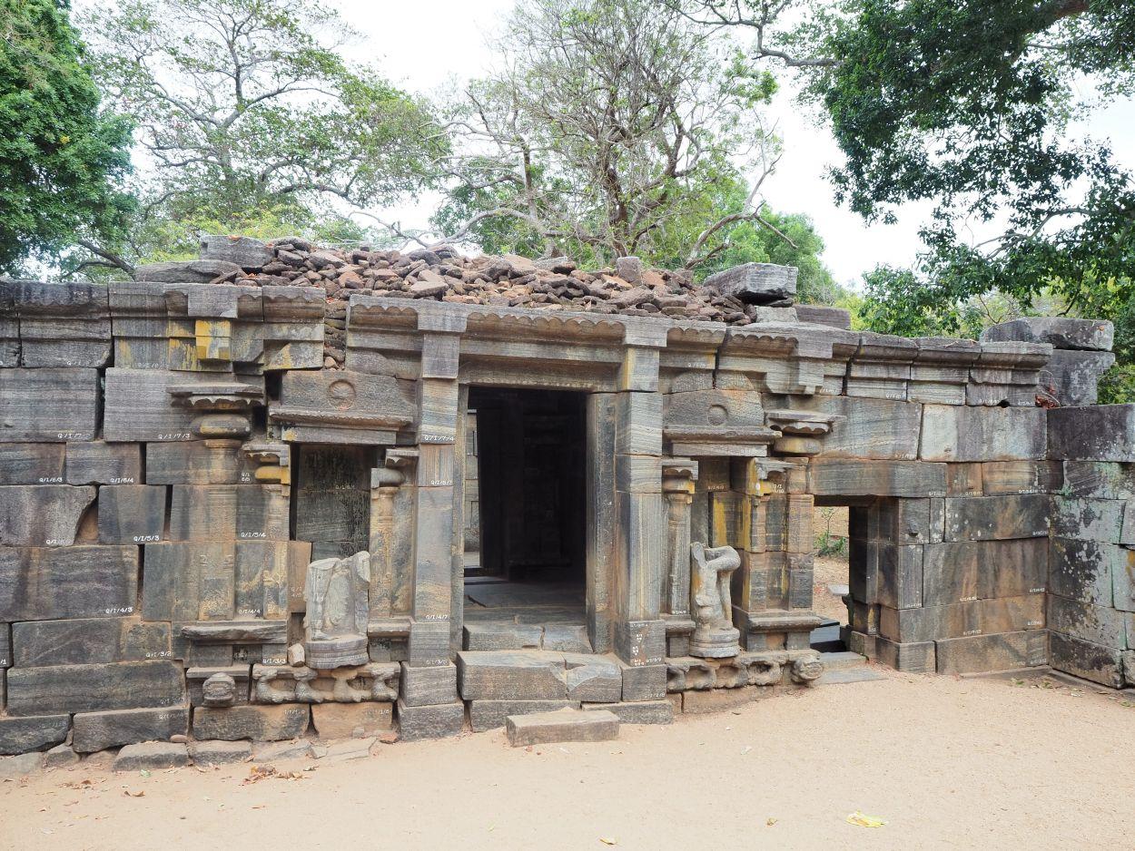 Archäologische Ausgrabungsstätte in Polonnaruwa / Sri Lanka 3