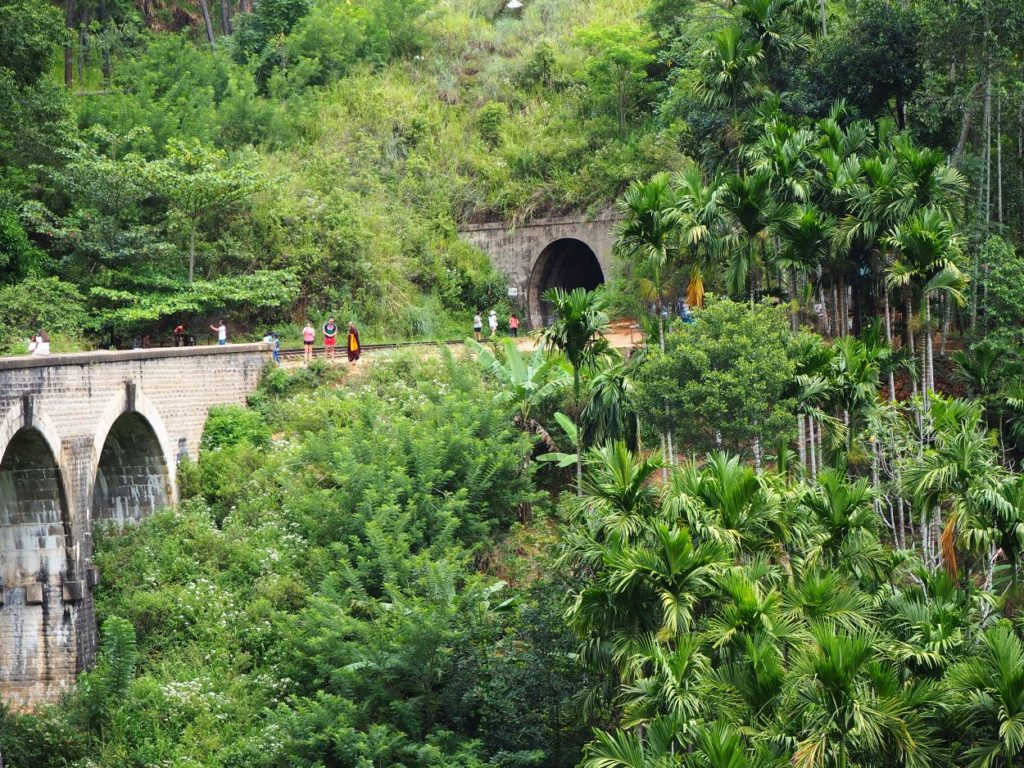 Nine-Arch-Bridge in Sri Lanka