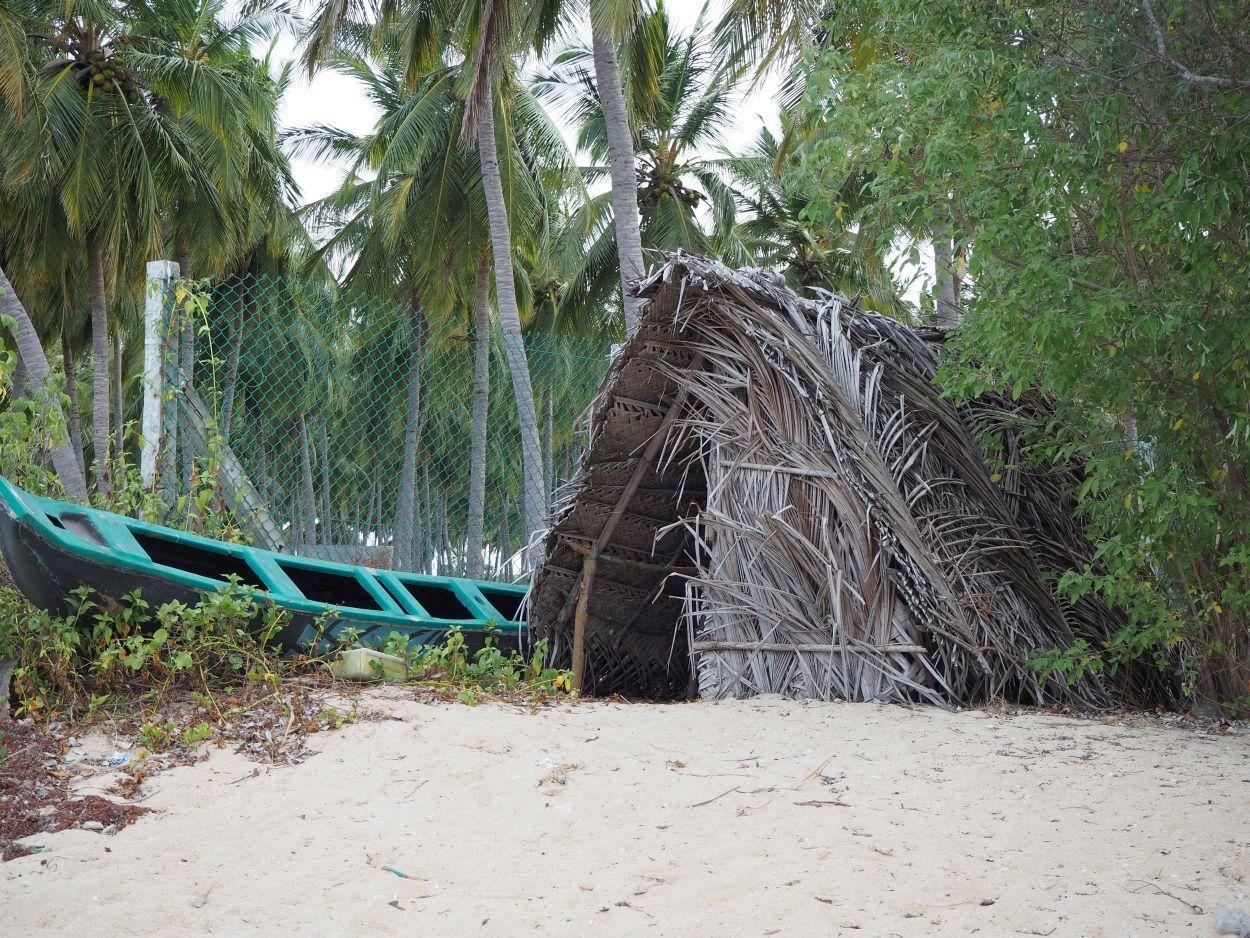 Bambushütte am Strand von Sri Lanka