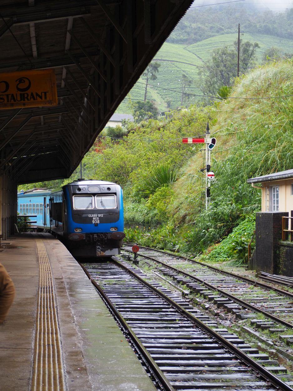 Bahnstation Nanu-Oya in Sri Lanka