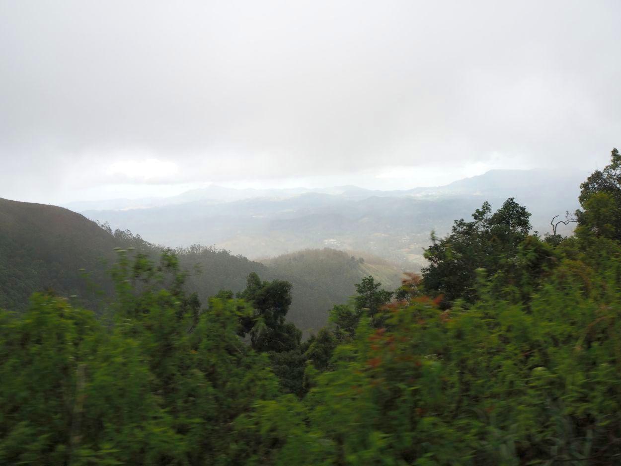 Panoramafahrt durch Sri Lanka