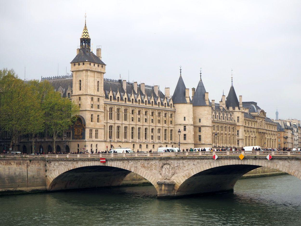 Conciergerie in Paris