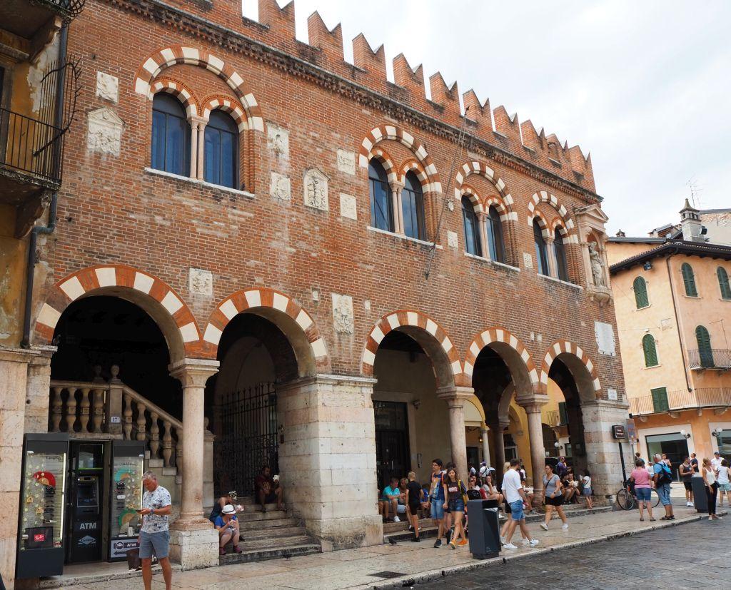 Casa dei Mercanti in Verona
