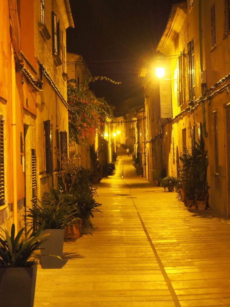Alcudia bei Nacht