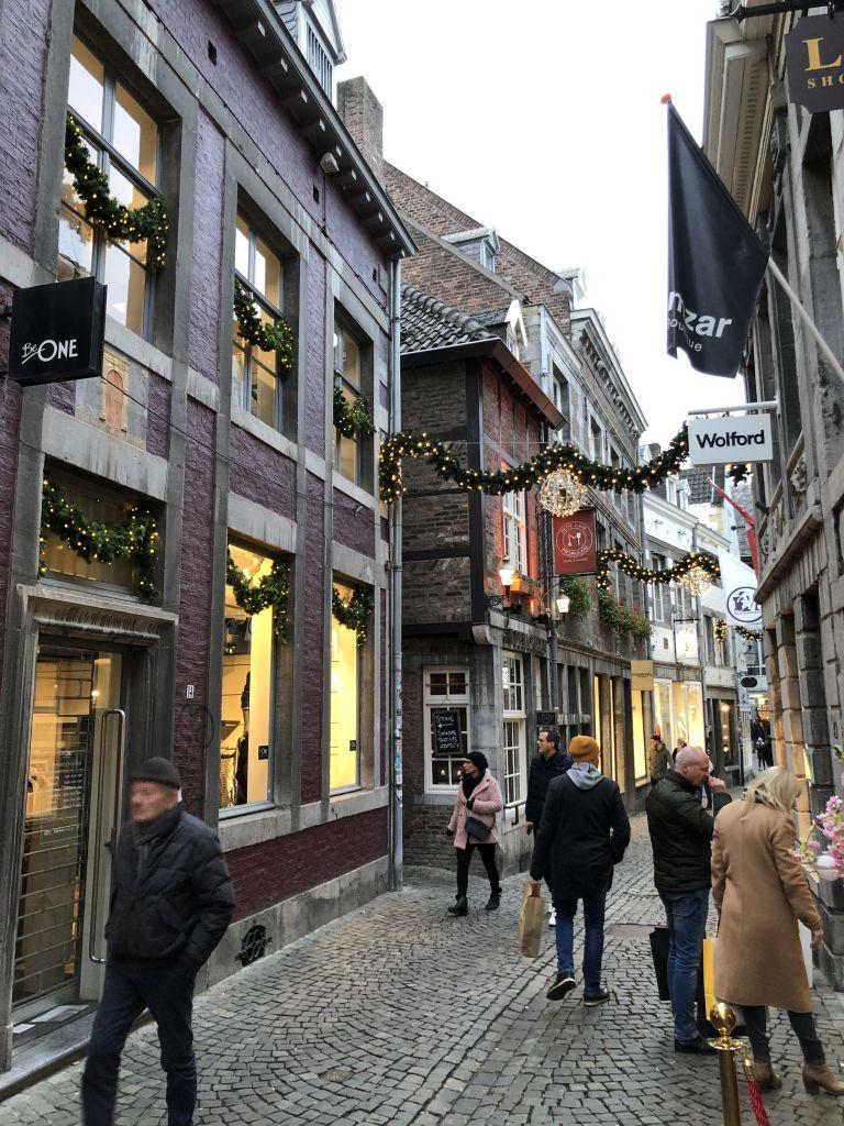Shoppen in der Altstadt von Maastricht