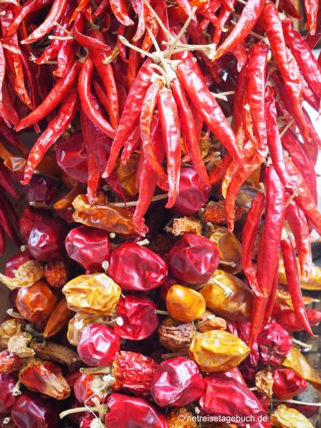 Gewürze auf dem Wochenmarkt in Sineu