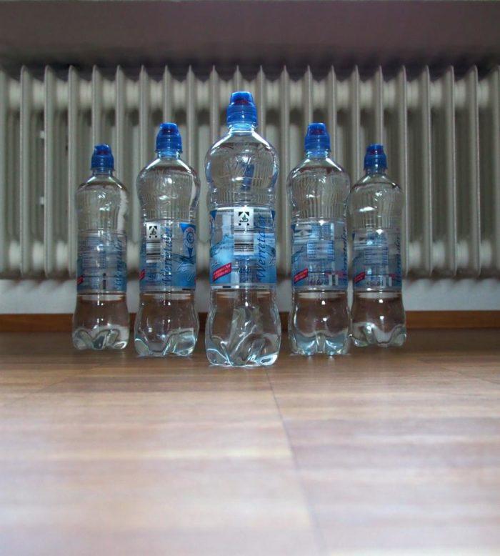 Flaschenkegeln gegen Corona Langeweile