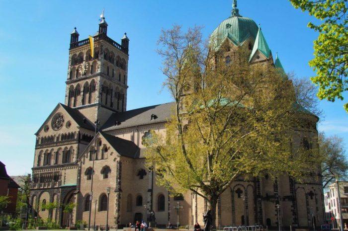 Neuss Sehenswürdigkeiten: Quirinus-Münster, Blutturm und vieles mehr – Highlights der letzten 2000 Jahre
