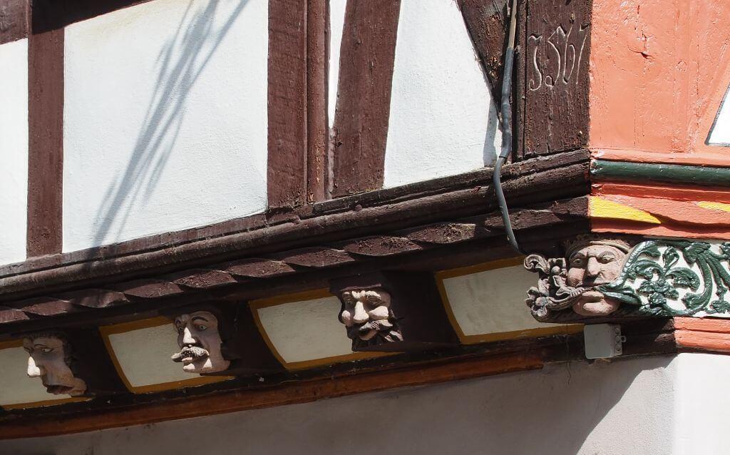Haus der 7 Laster